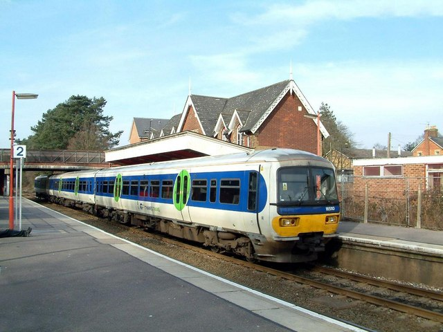 Reading to Gatwick Airport  train at Crowthorne Station