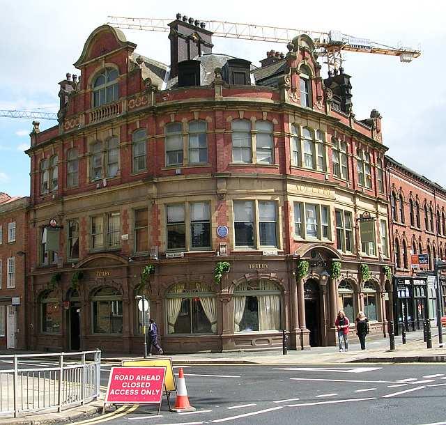 Adelphi Hotel - Dock Street