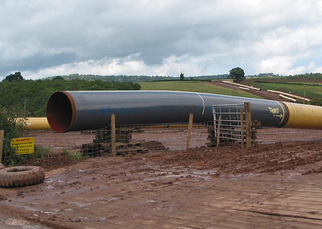 Pipeline zigzags through the landscape