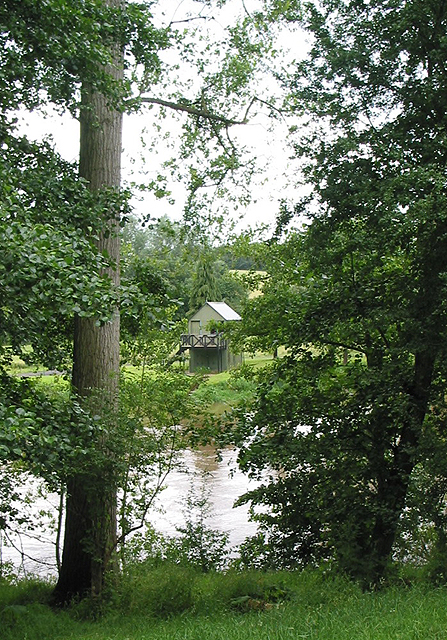 Boathouse near Lyndor Wood