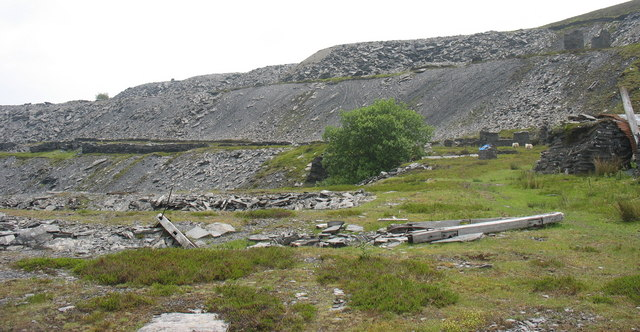 The three tipping levels at Chwarel Moel Fferna