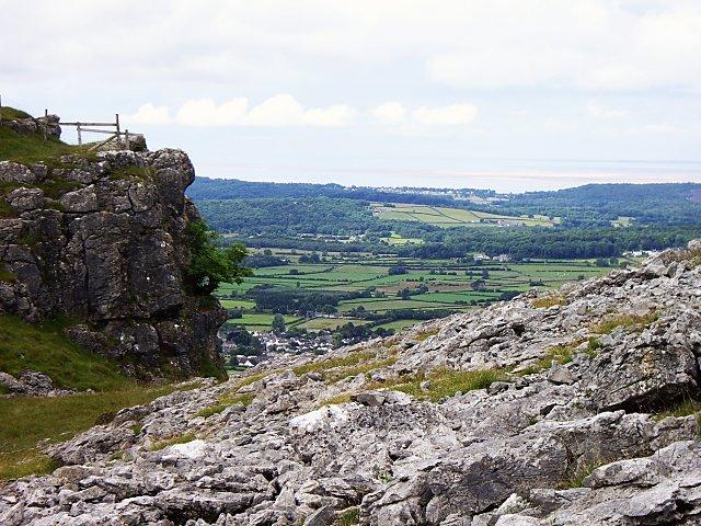 The edge of Holmepark Fell