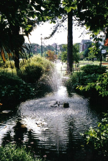 Bournemouth: fountain in the Gardens