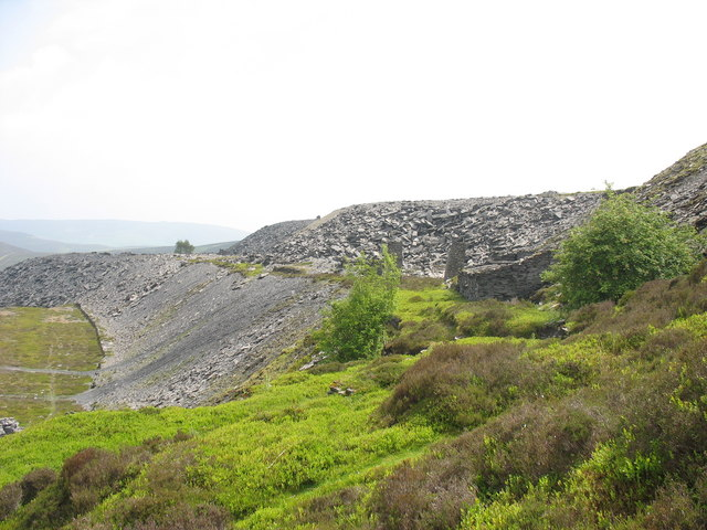 View eastwards along the intermediate tipping level