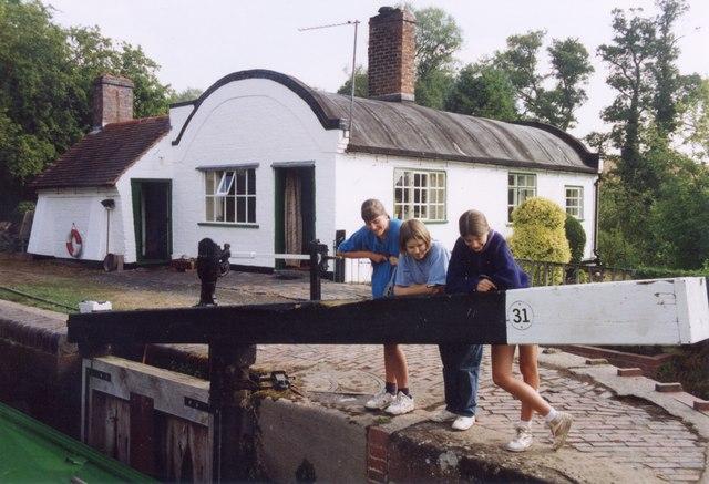 Lowsonford Lock Cottage