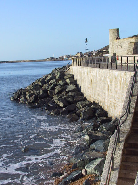 Coastal defences at Lyme Regis