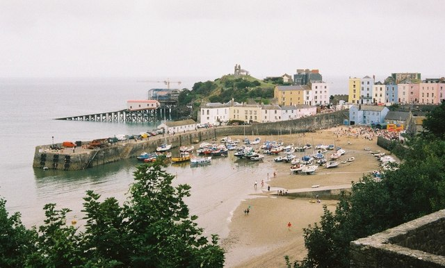 Tenby: harbour with lifeboat station under construction