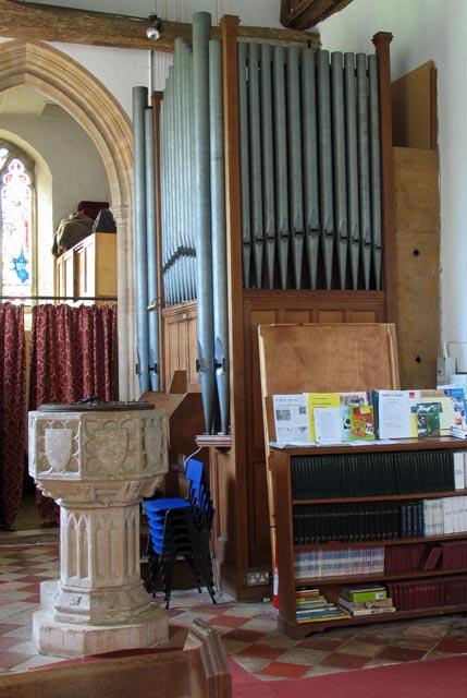 St John, Hoveton, Norfolk - Font & Organ