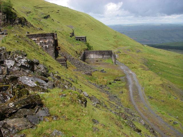Disused quarry buildings below Fan Bwlch Chwyth