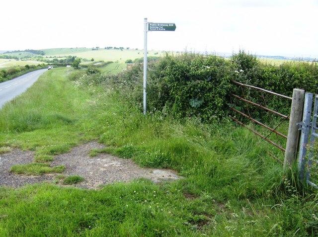 Entrance to bridleway B26
