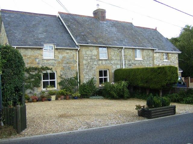 Cottages near Carpenters Farm