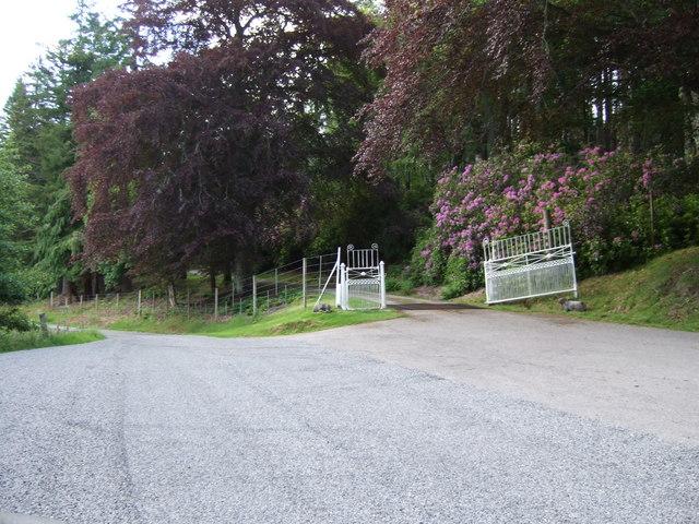 Entrance to Gordonbush Lodge
