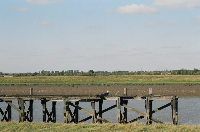 Derelict jetty on the River Great Ouse