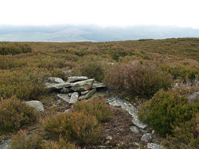 Summit Cairn, Creag na h-Iolaire