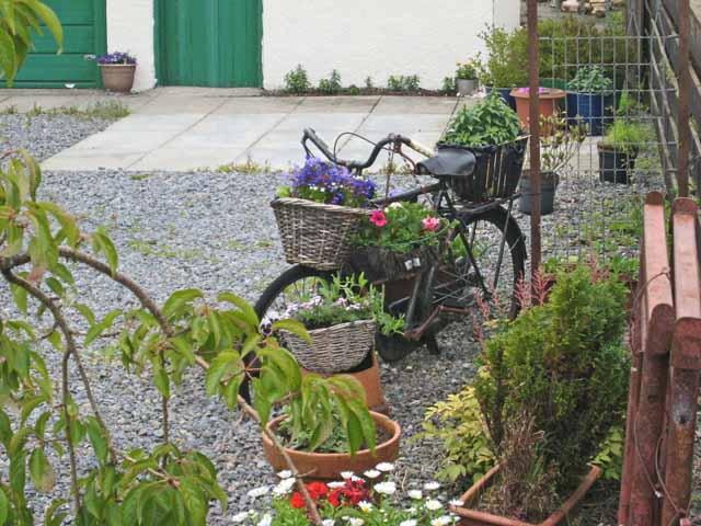 Bicycle as planter, Knocknaha