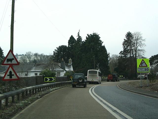 Minor Crossroads On A40