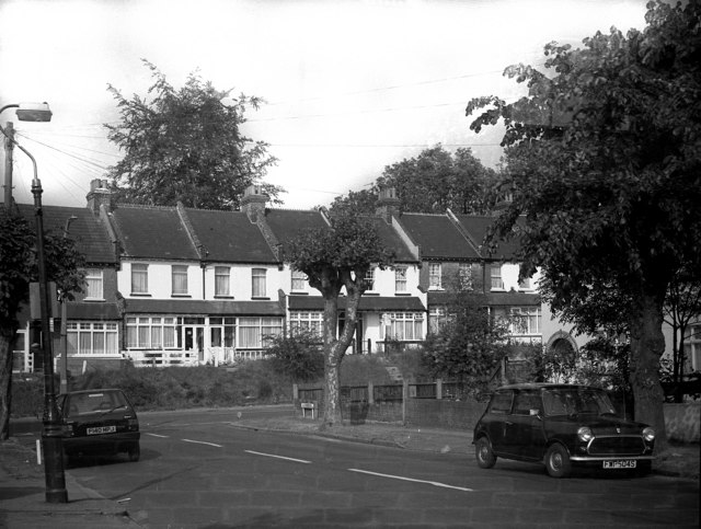 Junction of Stoats Nest Road and Windermere Road, Coulsdon, Surrey