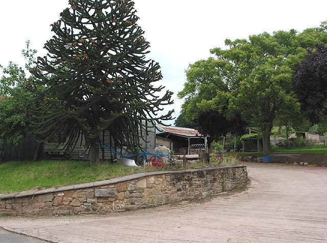 Entrance to Coughton Farm