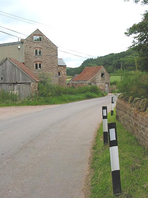 Farm buildings Coughton