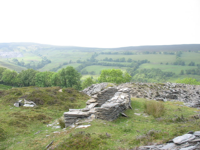 A ruined building at Deeside Quarry