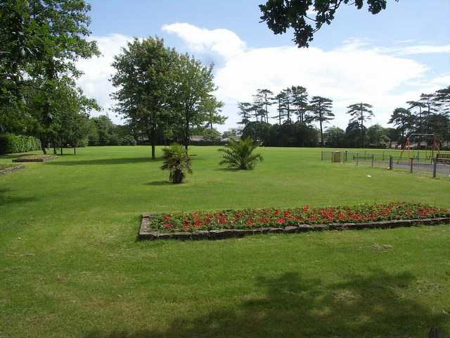 Highcliffe Recreation Ground