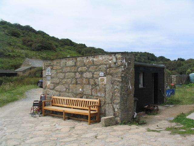 Public conveniences, Penberth Cove