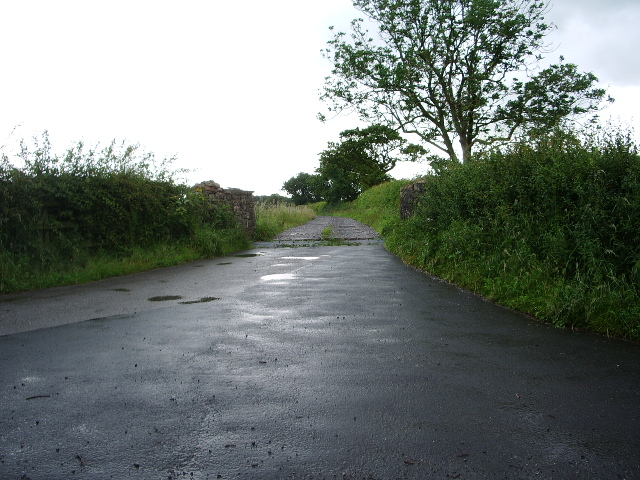 The road to Cross House