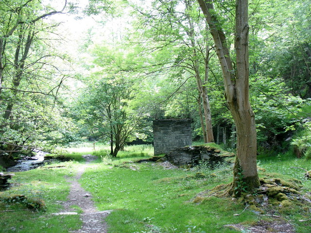 Ruins on the Nant y Pandy Slate Mill site