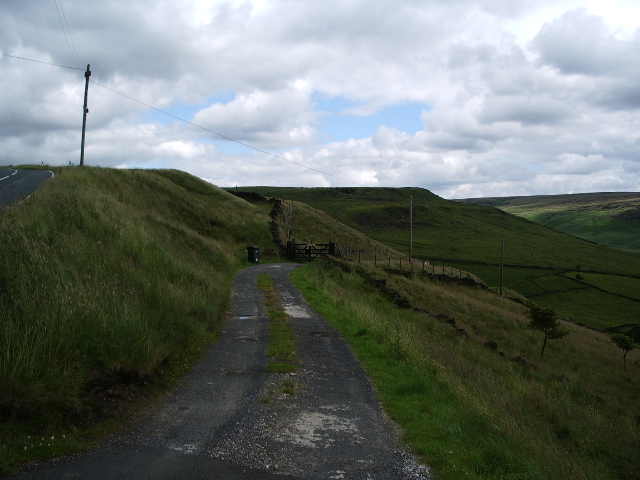 The road to Brun Clough