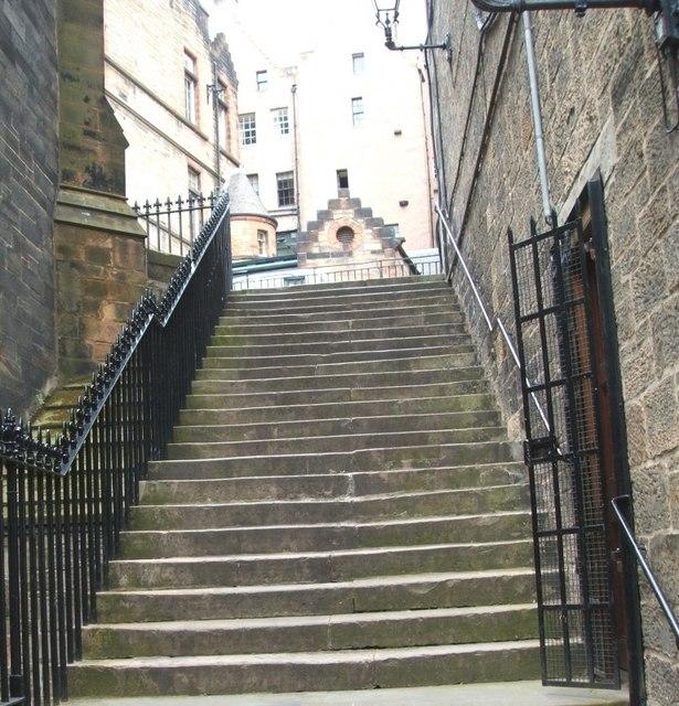 Victoria Terrace to Johnston Terrace Steps
