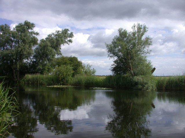 Fishing pond beside Reach Lode
