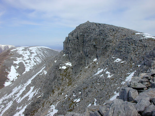 The summit of Mullach Coire Mhic Fhearchair
