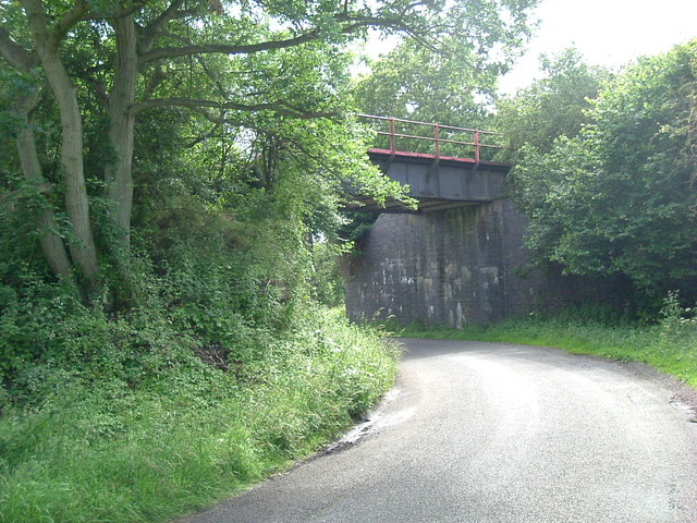 Disused railway bridge