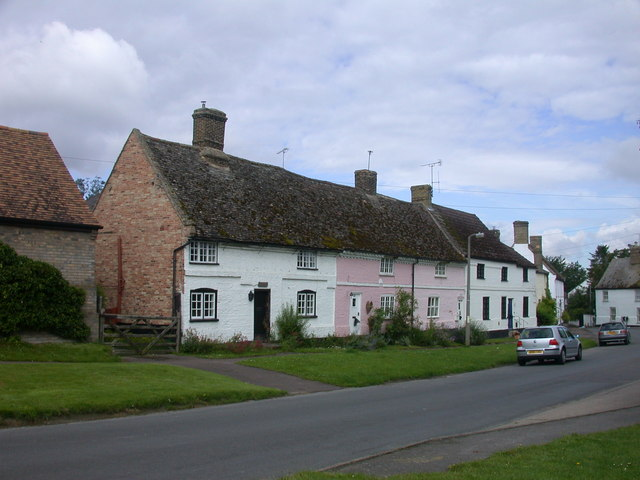 Cottages at Fair Green, Reach