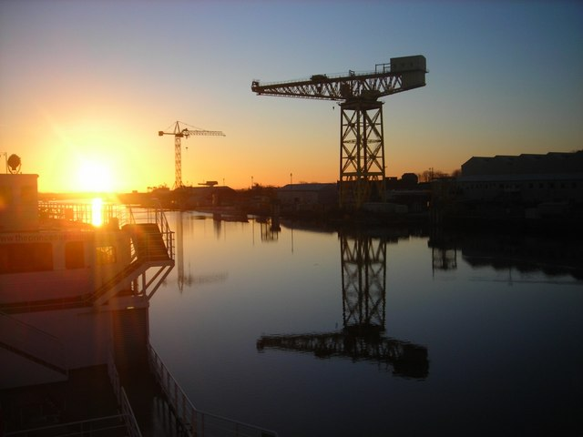 Buccleuch Dock: Sunrise