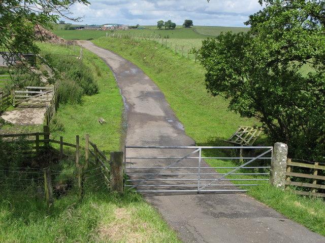 Gated road near Ravenshaugh