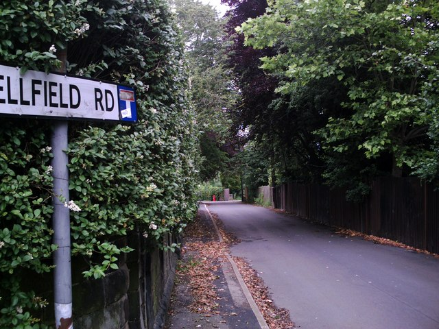 Wellfield Road leading to Old Town