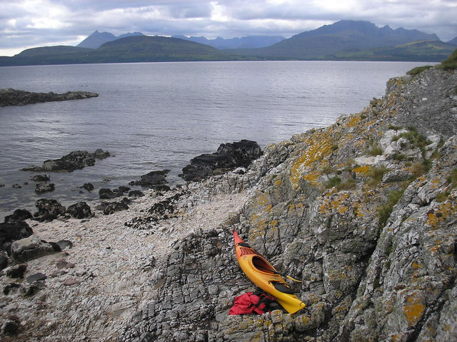 Eilean Ruairidh with the Cuillin Hills in the Background