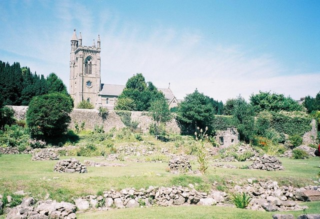 Shaftesbury: abbey ruins and Holy Trinity