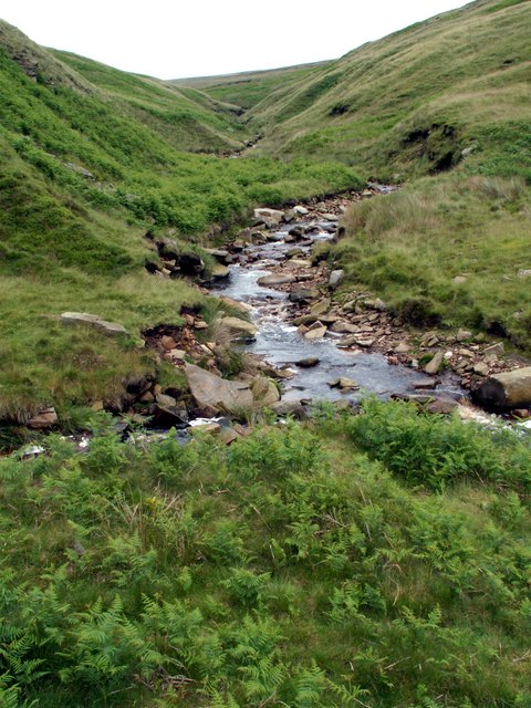 Crowden Little Brook looking towards Holme Moss