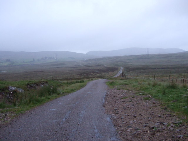 Unfenced road SE from Knockarthur
