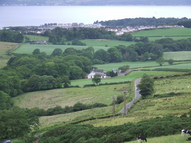 Majeston farm and Inverkip from Greenock Cut