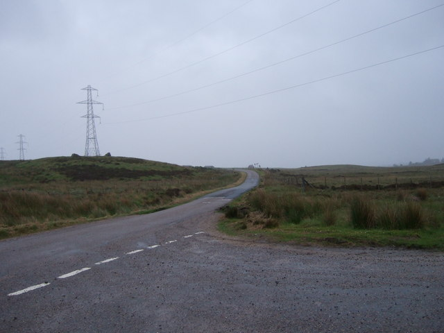 Unfenced road to Achvoan