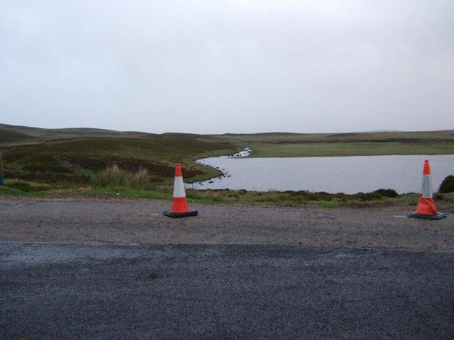 Inlet of Feith Ruadh into Loch Farlary