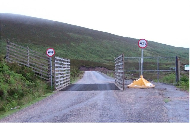 Cattle Grid at the head of Dunrobin Glen