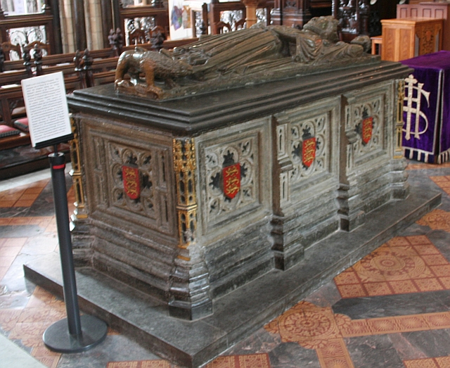 King John's Tomb, Worcester Cathedral