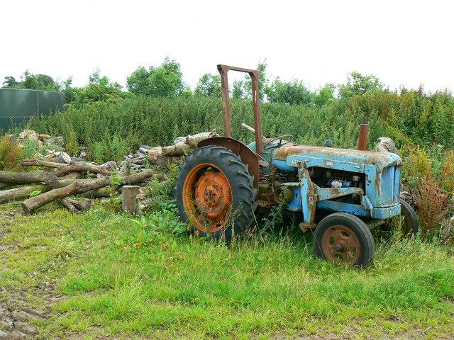 Fordson tractor, American Barn, Little Badminton