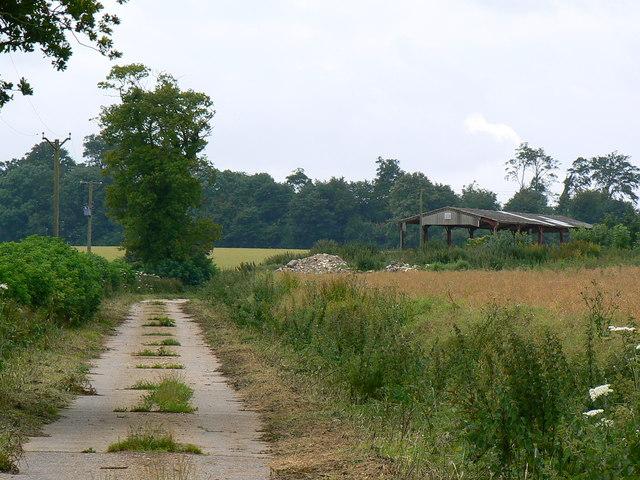 Farm track near Little Badminton