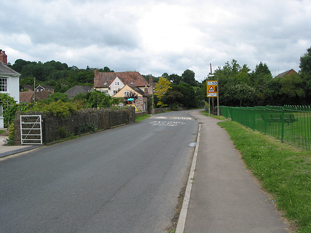 Road through Longhope to Ross-on-Wye