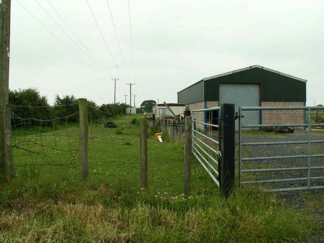 Farm Buildings near Clerkston